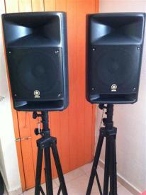 Yamaha StagePas 500 Speakers on Tripods